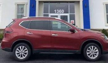 Used 2018 Nissan Rogue SV full